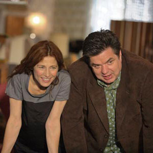 Catherine Keener and Oliver Platt in 'Please Give'