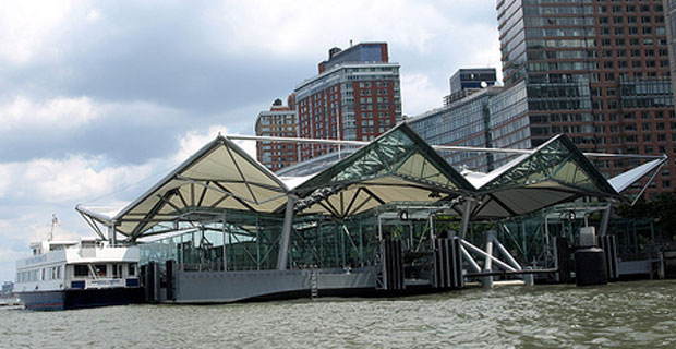 "Battery Park City Residents are fed up with the sounds of ""Frank Sinatra"""