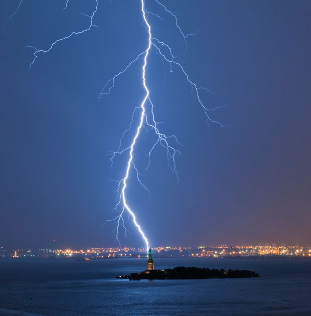 Statue of Liberty struck by lightning